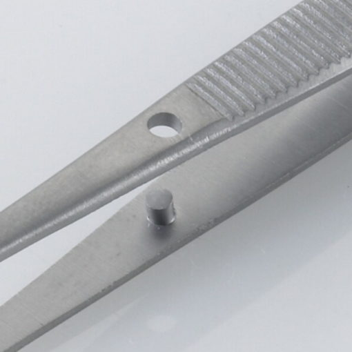 Susol Single Use Iris Dissecting Forceps Curved 12 Teeth 11.5cm pk10 Pin min