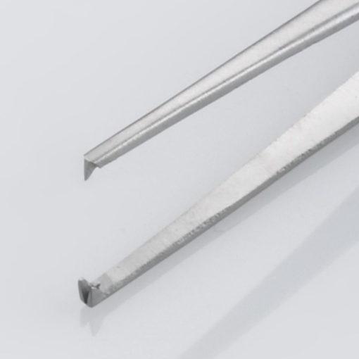 Susol Single Use Iris Dissecting Forceps Straight 12 Teeth 11.5cm pk10 Teeth min
